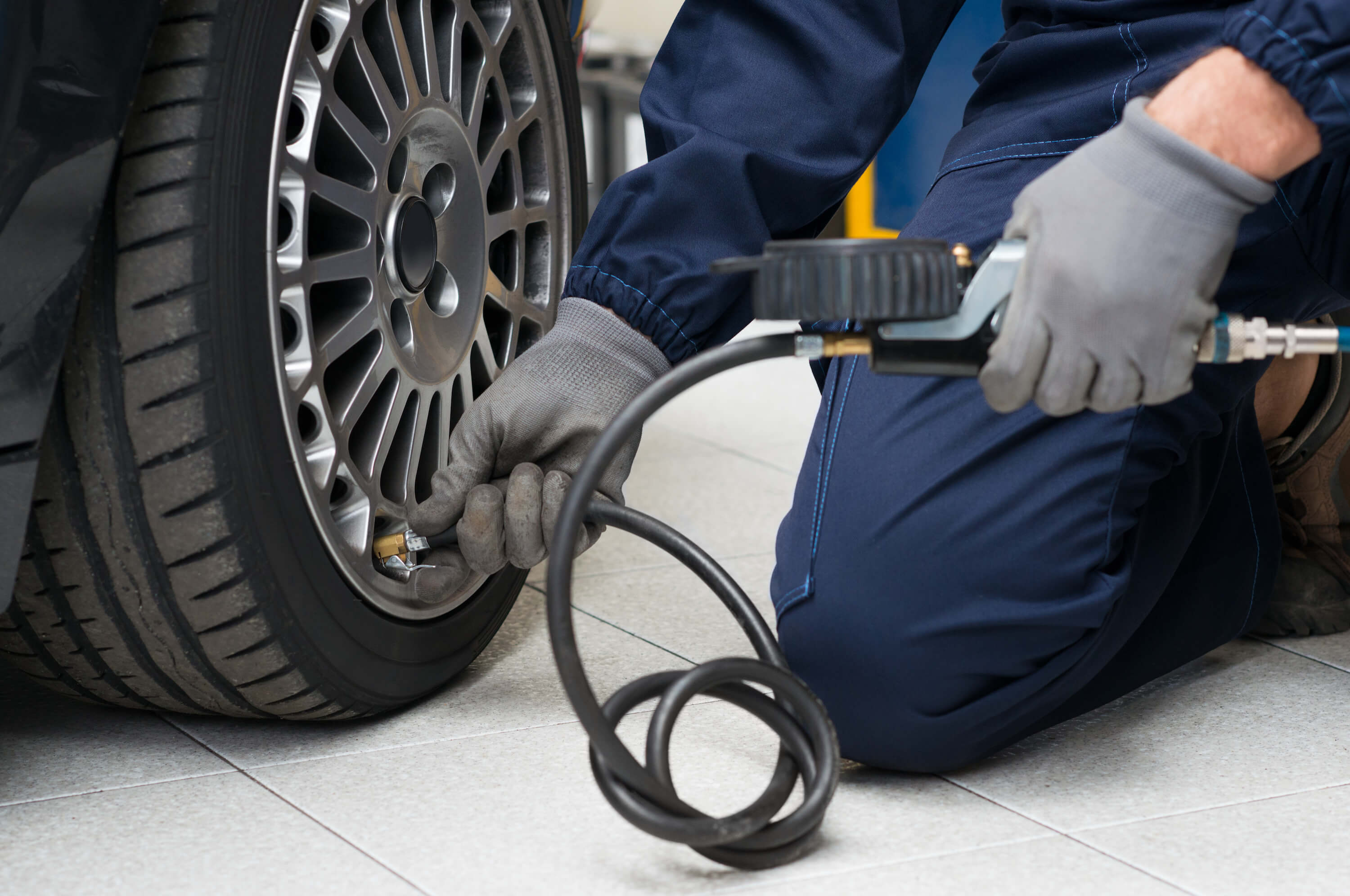 24 hour Mobile Tyre Fitting Service